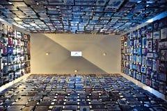 Vista interna do museu memorável do holocausto, no Washington DC, EUA imagem de stock royalty free