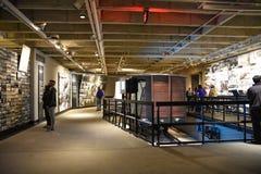 Vista interna do museu memorável do holocausto, no Washington DC, EUA imagens de stock royalty free