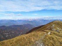 Vista italiana del paesaggio di autunno, alpi Fotografia Stock