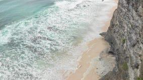 vista 4K aérea da praia do mundo da fantasia, ilha de Bali fotos de stock