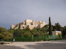 Vista a la acrópolis y al Parthenon en Atenas Imágenes de archivo libres de regalías