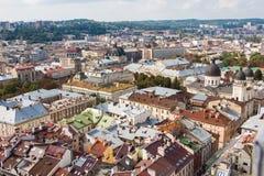 Vista a la ciudad de Lviv ayuntamiento Fotografía de archivo