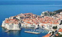 Vista a la ciudad vieja Dubrovnik, Croacia Imágenes de archivo libres de regalías