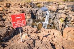 Vista larga de caldeirões da sorte de Bourkes, Mpumalanga Imagem de Stock