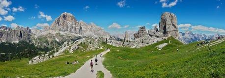 Vista larga di Dolomiti Fotografia Stock