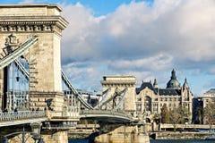 Vista lateral da ponte chain Budapest Fotografia de Stock