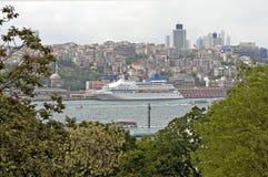 Vista lateral de Cruiseship Imagenes de archivo