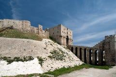 Vista lateral de la ciudadela de Aleppo Foto de archivo libre de regalías