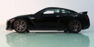 Vista lateral de Nissan GT-R Foto de archivo