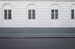 Vista lateral del camino de la calle Imagenes de archivo