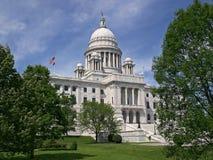 Vista lateral del Capitol- del estado de Rhode Island Fotos de archivo libres de regalías