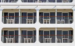 Vista lateral del crucero Foto de archivo libre de regalías