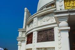 Vista lateral del templo del dhauli imagenes de archivo