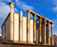 Vista lateral del templo romano antiguo en Mérida Imagen de archivo libre de regalías