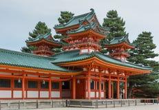 Vista lateral no pavillion no santuário de Heian imagens de stock royalty free