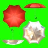 Vista lateral superior del paraguas rojo y de plata Imagen de archivo libre de regalías