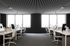 Vista laterale dell'ufficio open space bianco e grigio Immagini Stock Libere da Diritti