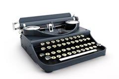 Vista laterale della retro macchina da scrivere dell'annata Immagini Stock Libere da Diritti