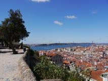 Vista a Lisbona dal castello Fotografia Stock