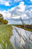 Vista lungo la diga olandese Fotografie Stock Libere da Diritti