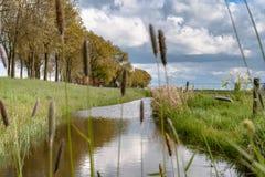 Vista lungo la diga olandese Immagine Stock Libera da Diritti