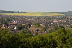 Vista a Luton de una colina fotografía de archivo libre de regalías