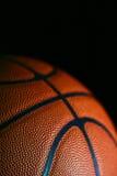 Vista macra del baloncesto de cuero Fotografía de archivo