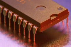 Vista a macroistruzione di un chip di computer Immagine Stock