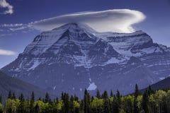 Vista maestosa della montagna da punto panoramico fotografia stock