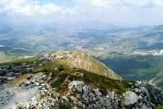 Vista magnífica das ameias do castelo do cruzado de Beaufort, província de Nabatieh, Líbano Fotografia de Stock