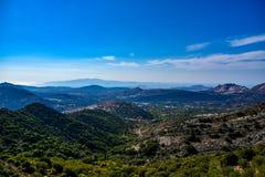 Vista magnífica del paisaje de la isla mediterránea Naxos en Grecia foto de archivo libre de regalías