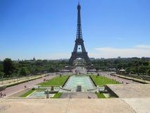 Vista magnifica della torre Eiffel a Parigi Immagine Stock