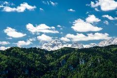 Vista magnifica sopra la sommità alpina della montagna, Triglav, Slovenia Immagini Stock