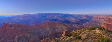 Vista majestueux de la gorge grande au crépuscule Photographie stock