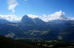 Vista maravilhosa de montanhas do sassolung e de vale do gardena Foto de Stock Royalty Free