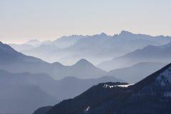 Vista maravilhosa nos alpes Imagens de Stock