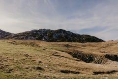 Vista maravillosa a las montañas en el parque nacional Durmitor en Montenegro, Balcanes europa Cárpato, Ucrania, Europa - Imagen fotos de archivo