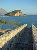 Vista mediterranea del mare e dell'isola fotografie stock