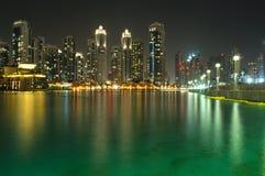 Vista meravigliosa della notte Dubai Fotografia Stock Libera da Diritti