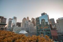Vista meravigliosa di tramonto dei grattacieli di Manhattan da un tetto Fotografia Stock Libera da Diritti