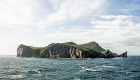 Isla de Bjarnarey Imagenes de archivo