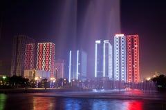 Vista moderna di notte della costruzione Immagine Stock