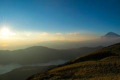 Vista a Mt Fuji do lago Ashi imagens de stock royalty free