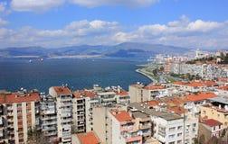 Vista na baía de Izmir da torre de Asansor Fotos de Stock Royalty Free