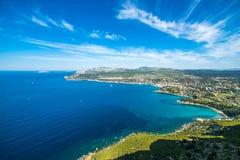 Vista na baía do ` Azur da costa d Imagem de Stock