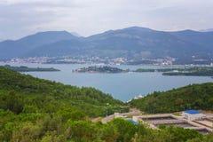 Vista na baía Montenegro do kotor imagens de stock