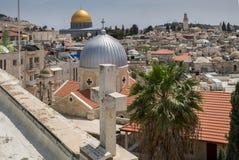 Vista na cidade velha do Jerusalém do telhado austríaco do hospício imagens de stock royalty free