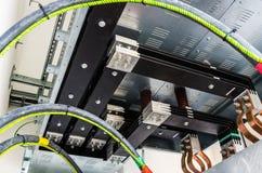Vista na conexão do transformador à barra Fotos de Stock