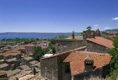 Vista na estância citadina italiana Bolsena Fotografia de Stock Royalty Free