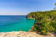 Vista na natureza da angra principal indiana em Bruce Peninsula National Park - Canadá imagem de stock royalty free